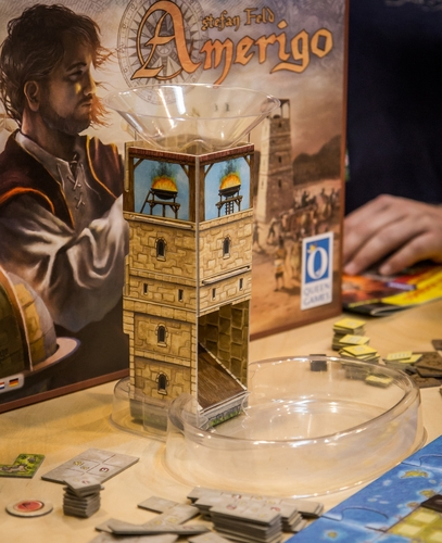 Ludicrous dice tower is ludicrous. It's exactly the same inside as Shogun, by the way!